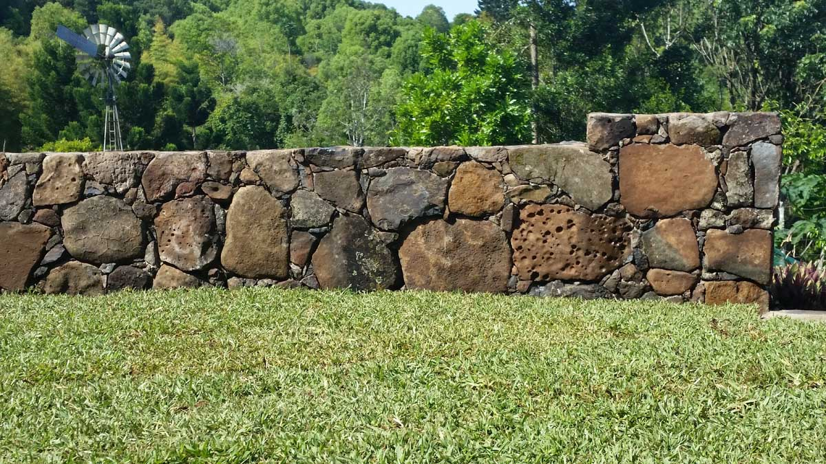 Byron Bay landscaping stone wall stone masonry