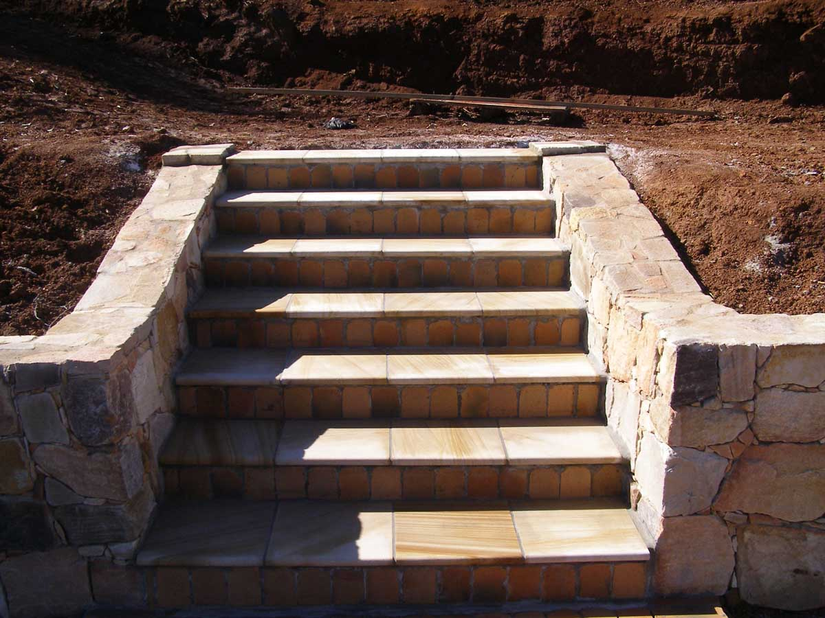 Byron Bay landscaping stone steps