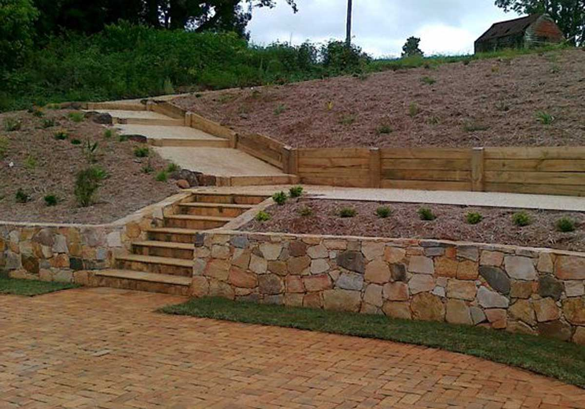 Lennox Head landscaping retaining wall